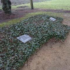 Friedhof Oederquart, es fehlen Namenssteine der drei Kinder von Zwangsarbeiterinnen